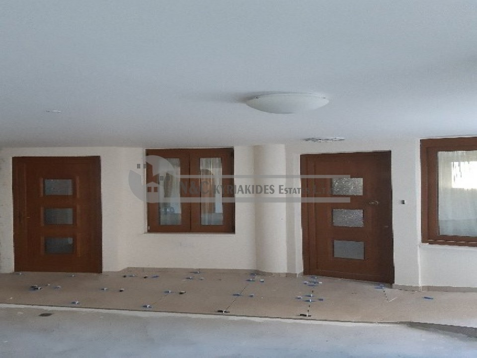 Photo #1 Apartment for rent in Cyprus, Larnaca - City center