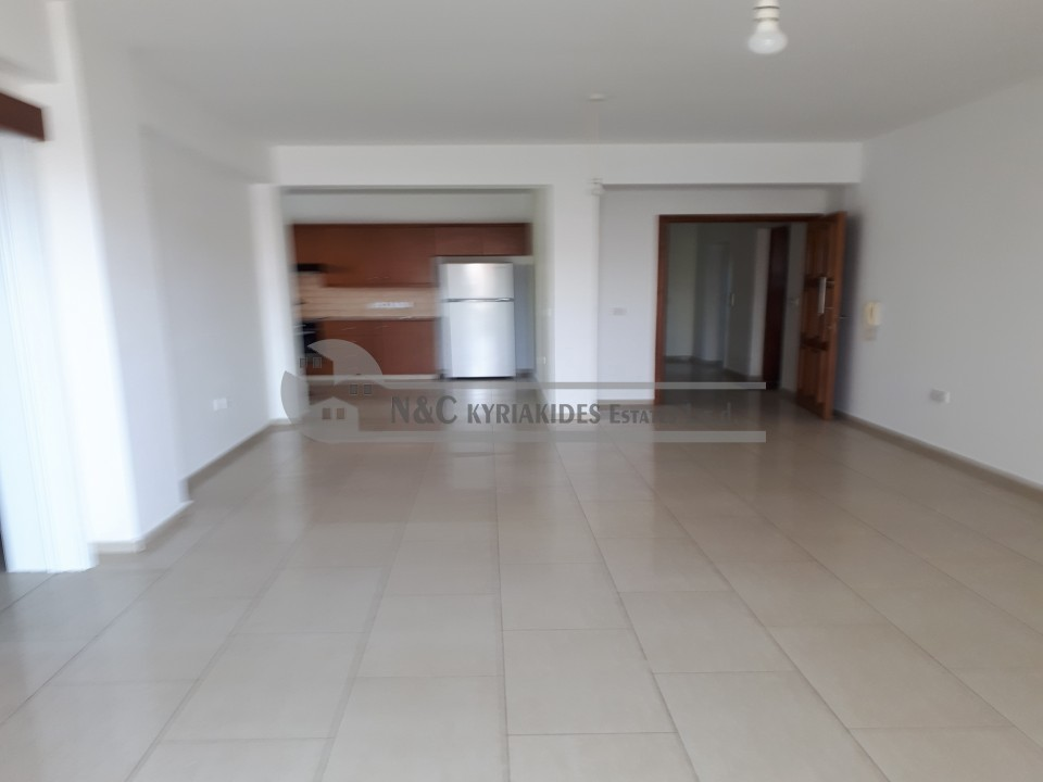 Photo #2 Apartment for rent in Cyprus, Kokkines Quarters