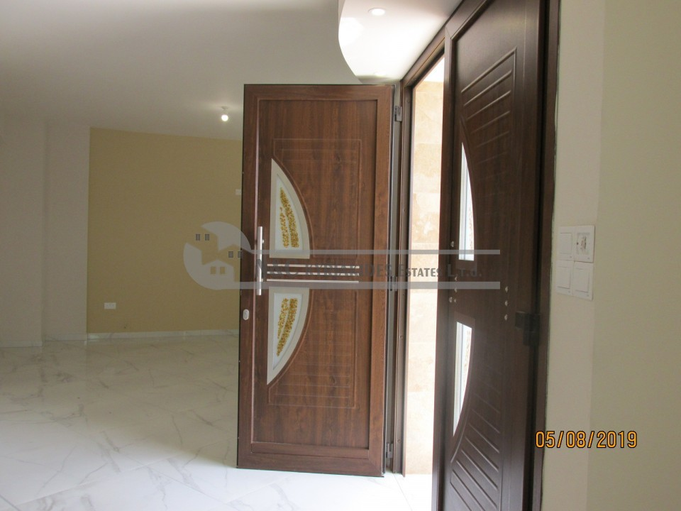 Photo #7 Townhouse for rent in Cyprus, Larnaca - City center