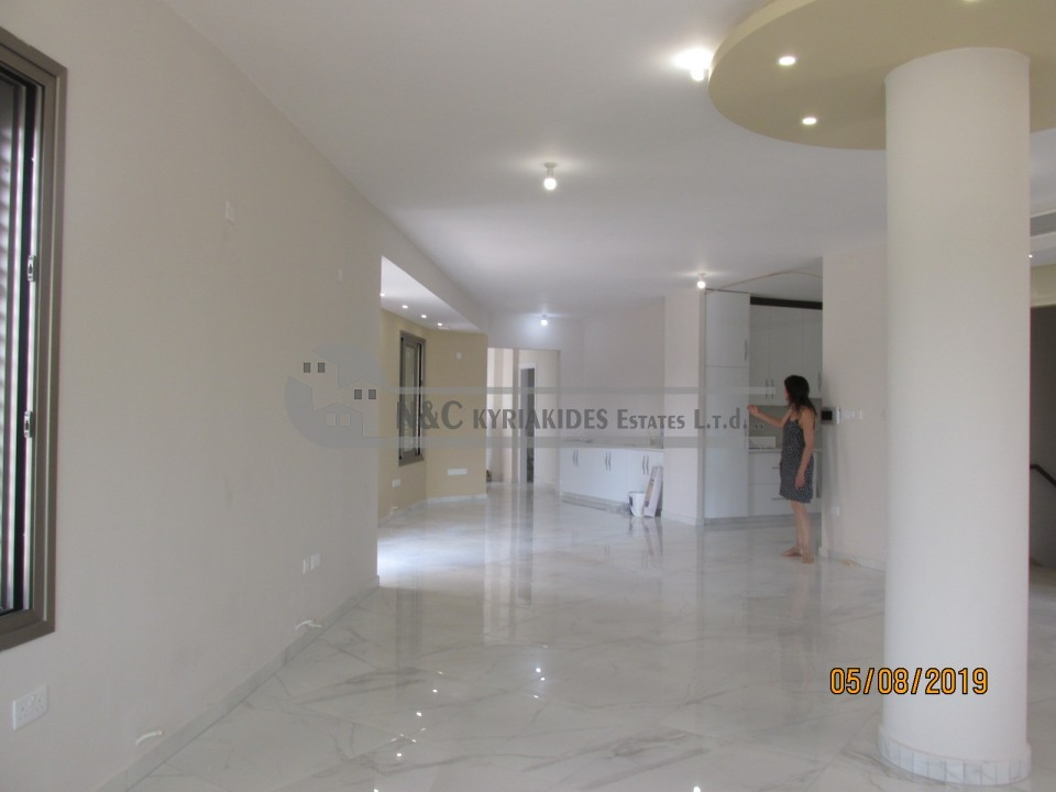 Photo #4 Townhouse for rent in Cyprus, Larnaca - City center