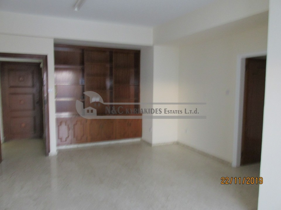 Photo #3 Apartment for rent in Cyprus, Larnaca - City center
