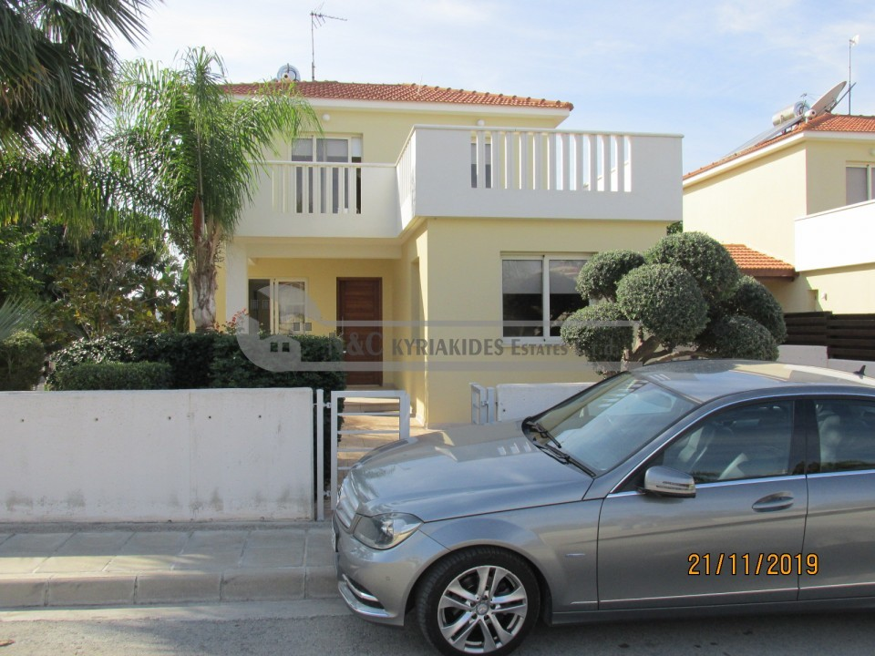 Photo #1 Detached House for rent in Cyprus, Pervolia