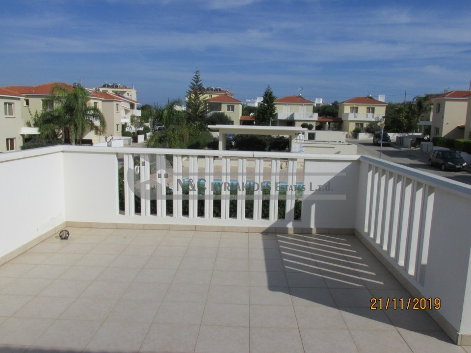 Photo #9 Detached House for rent in Cyprus, Pervolia