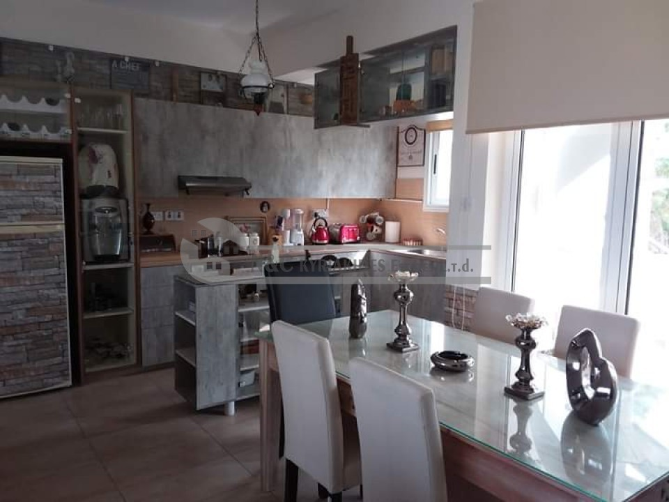Photo #5 Apartment for rent in Cyprus, Meneou