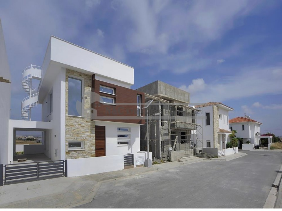 Photo #11 Detached House for sale in Cyprus, Dromolaxia