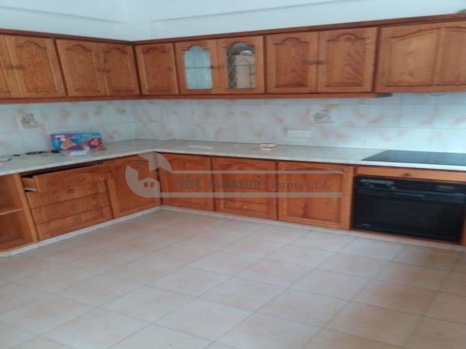 Photo #3 Semi Detached House for rent in Cyprus, Larnaca - City center
