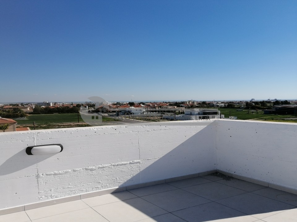 Photo #13 Duplex apartment for rent in Cyprus, Aradhippou
