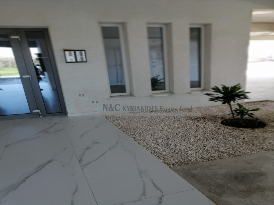 Photo #1 Apartment for rent in Cyprus, Aradhippou