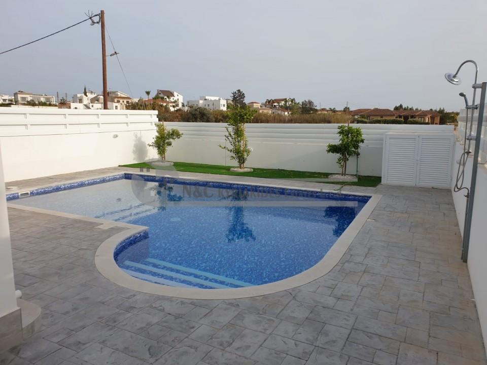 Photo #19 Villa for rent in Cyprus, Livadia