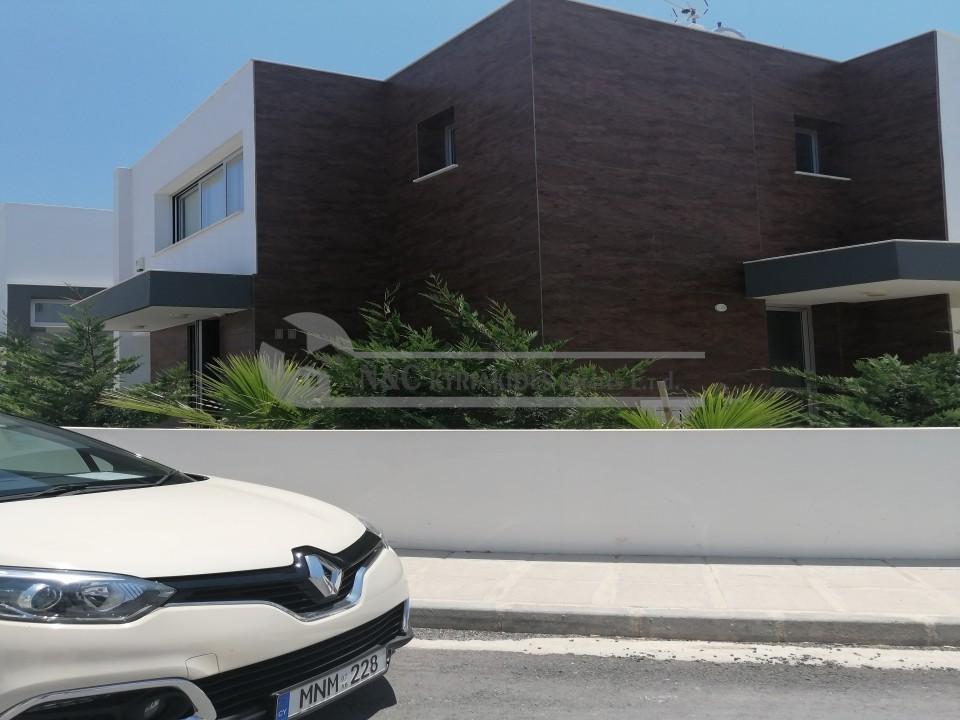 Photo #2 Villa for rent in Cyprus, Oroklini