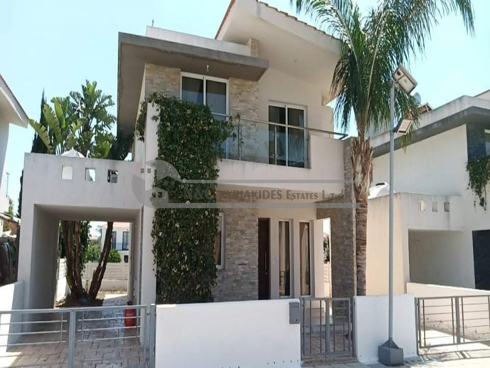 Photo #1 Detached House for rent in Cyprus, Pyla