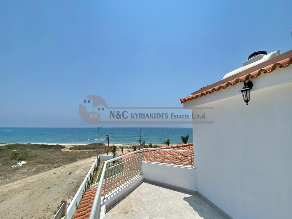 Photo #2 Villa for rent in Cyprus, Pervolia