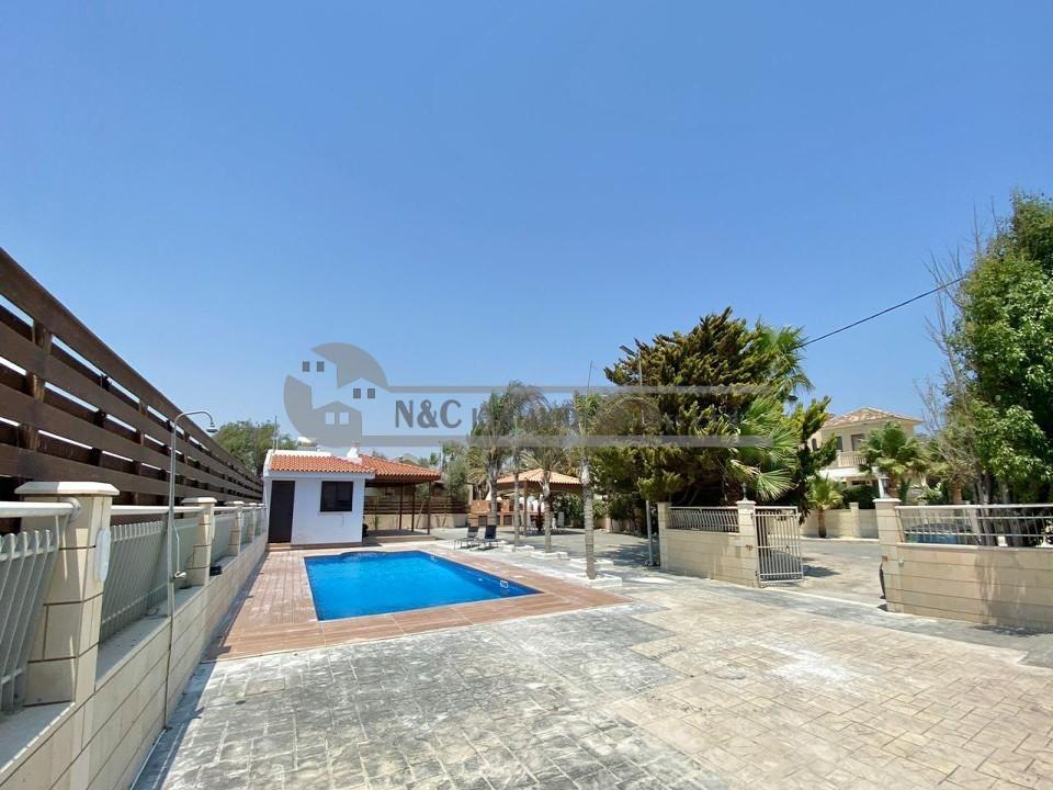 Photo #20 Villa for rent in Cyprus, Pervolia