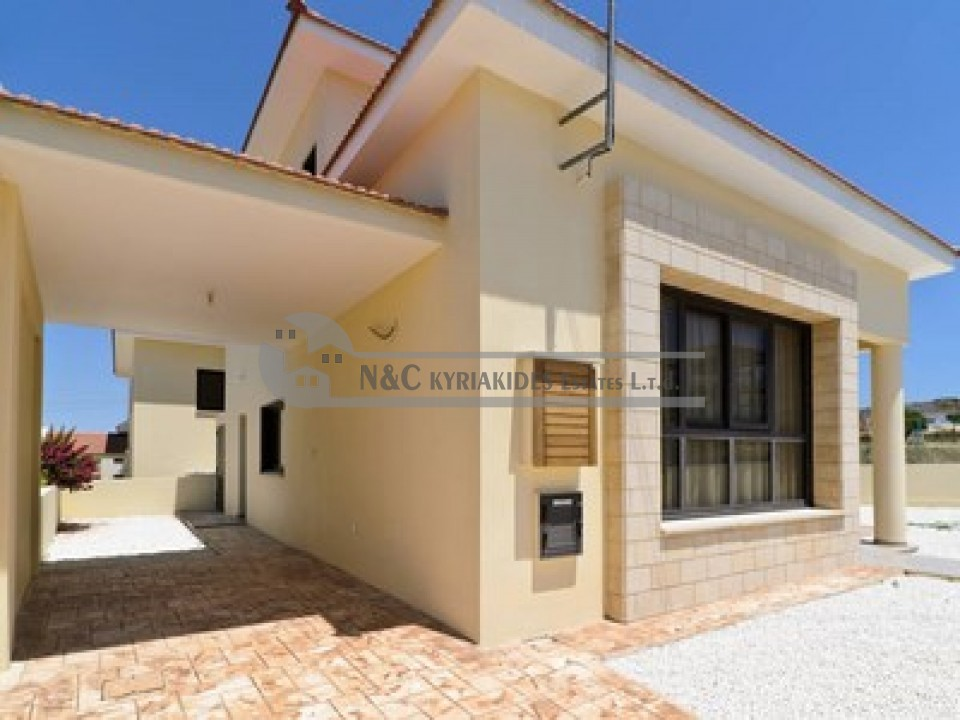 Photo #2 Detached House for rent in Cyprus, Oroklini
