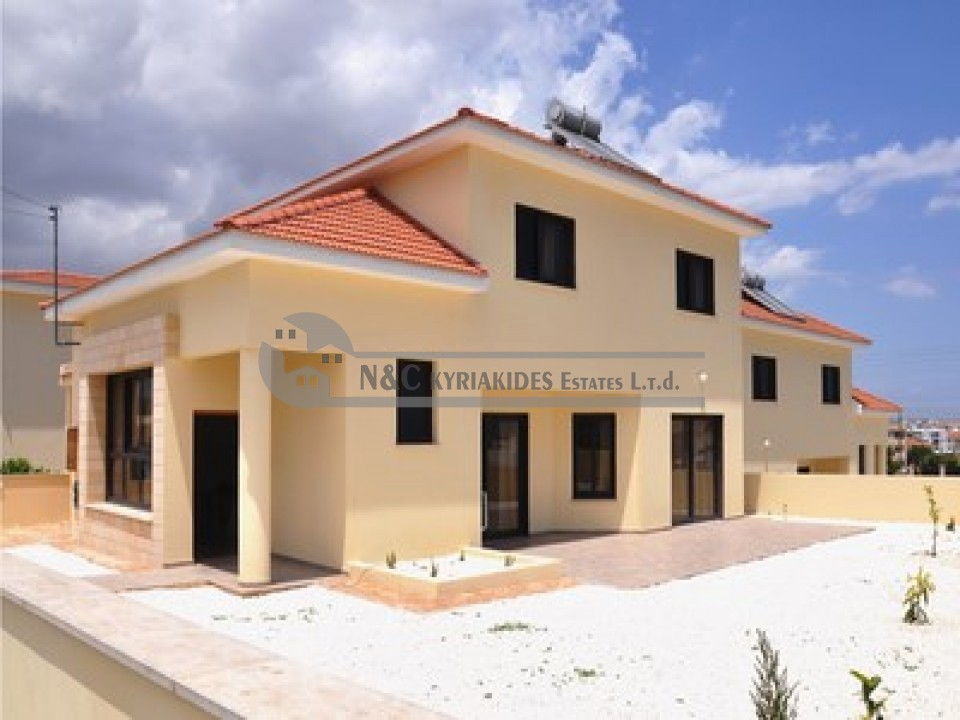 Photo #1 Detached House for rent in Cyprus, Oroklini