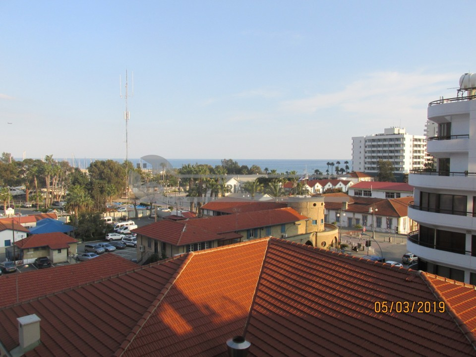 Photo #4 Apartment for rent in Cyprus, Larnaca - City center