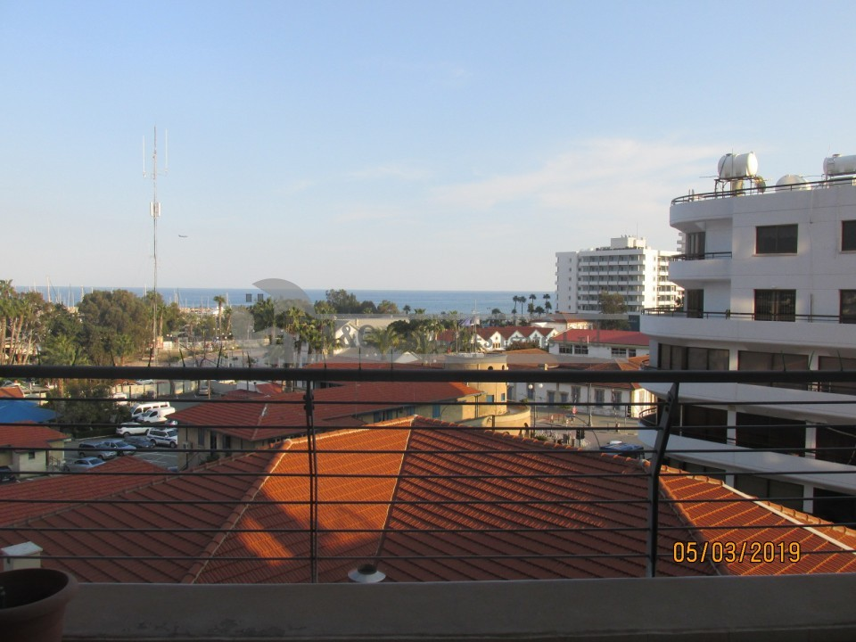 Photo #5 Apartment for rent in Cyprus, Larnaca - City center